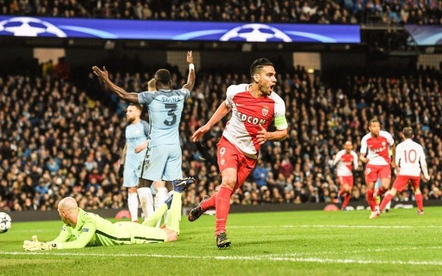 Monaco tự tin ngược dòng để giành vé vào tứ kết