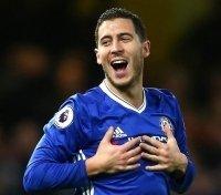 Hazard ở lại cùng mức lương khủng