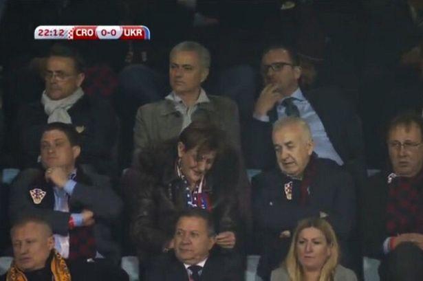 Mourinho dự khán trận đấu