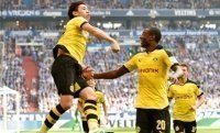 Revierderby giữa Schalke và Borussia Dortmund qua những con số