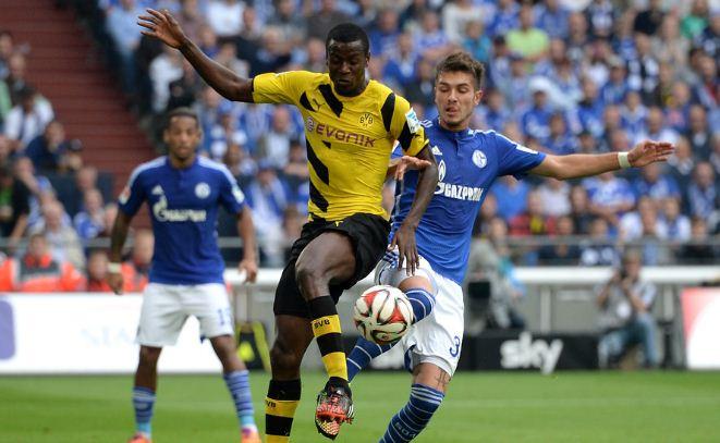Đại chiến giữa Schalke và Dortmund chưa bao giờ giảm đi tính cẳng thẳng và hấp dẫn