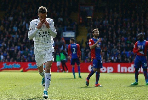 Vardy sẽ phải ghi bàn cho Leicester
