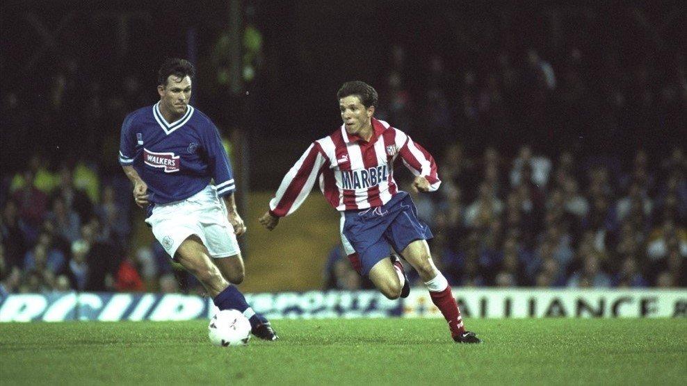 Juninho (phải) của Atletico Madrid trước đây khi gặp Leicester