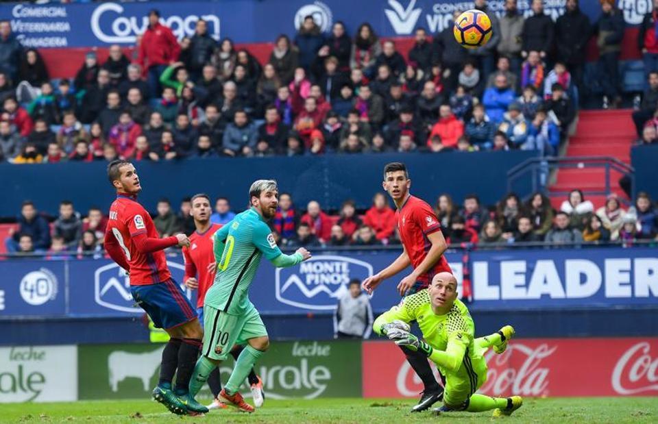 """""""Bắt chết"""" Messi là nhiệm vụ gần như bất khả thi với Osasuna"""
