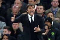 Conte không bỏ Chelsea