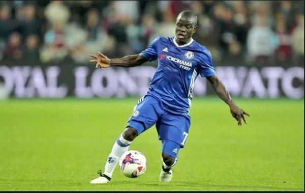 Tiền vệ của Chelsea, N'Golo Kante được các nhà cái đánh giá là ứng viên hàng đầu cho danh hiệu xuất sắc nhất của PFA