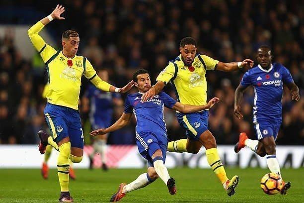 Everton từng thua đậm ở lượt đi