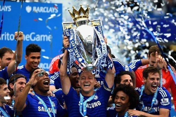 Terry kết thúc sự nghiệp 22 năm tại Chelsea vào cuối mùa giải năm nay