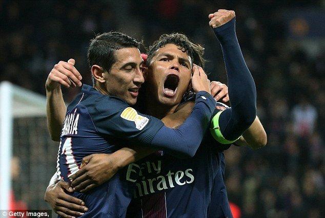 PSG cần đánh bại Metz để bắt kịp Monaco và cắt đuôi Nice