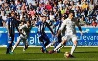 21h15 ngày 2/4, Real Madrid - Alaves: Chạy đà trước bão