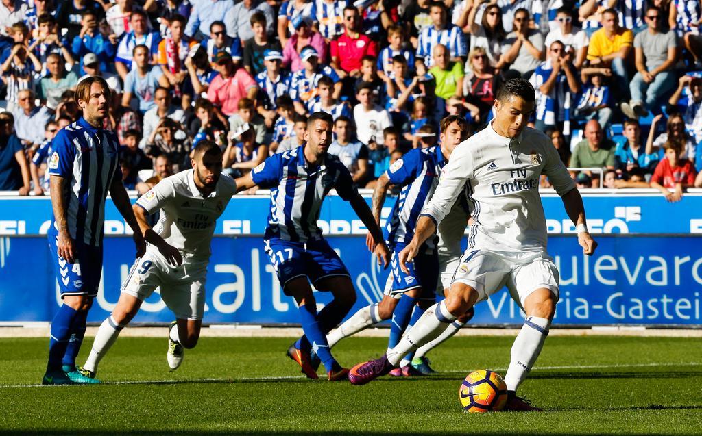Real Madrid - Alaves: Chạy đà trước bão