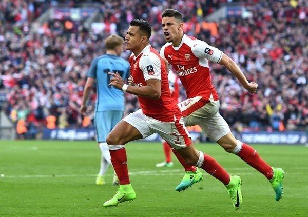 Bayern Munich muốn đưa Alexis Sanchez về sân Allianz Arena
