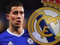 Hazard để ngỏ cánh cửa rời Stamford Bridge