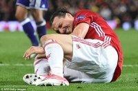 M.U bị sốc trước tình trạng chấn thương của Ibrahimovic