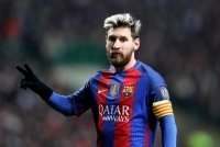 Barcelona đề nghị mức lương kỷ lục cho Messi