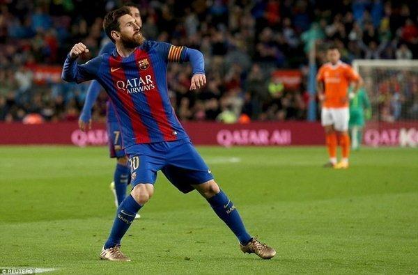 Lionel Messi tiến gần tới danh hiệu Chiếc giày vàng châu Âu và Pichichi