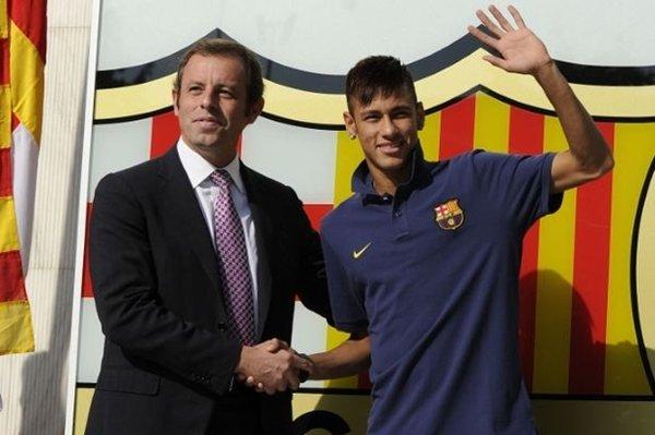 Chủ tịch Barcelona, Bartomei phải hầu tòa vì vụ chuyển nhượng của Neymar