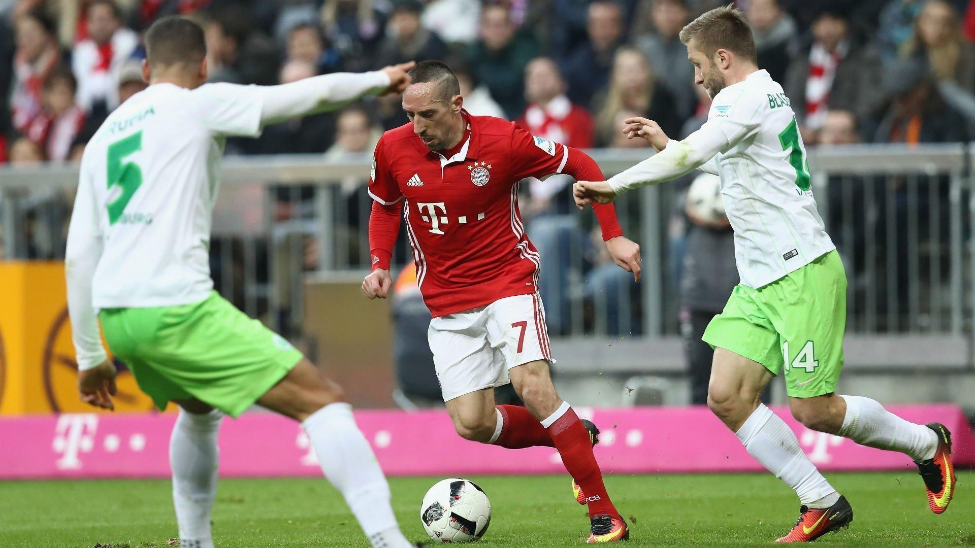 Wolfsburg - Bayern Munich ngày 29/4/2017
