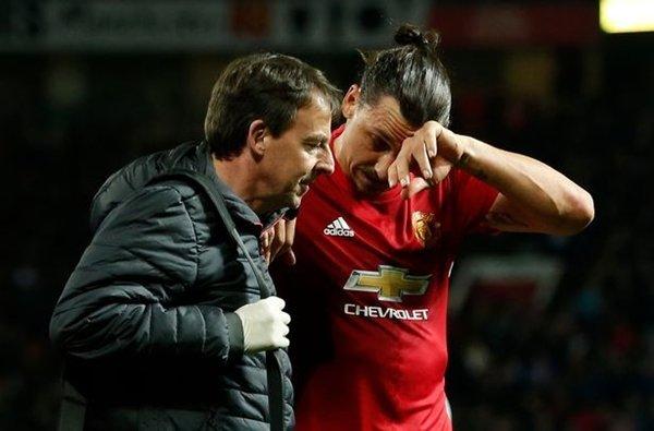 Ibrahimovic nguy cơ phải kết thúc sự nghiệp vì chấn thương ở trận đấu với Anderlecht