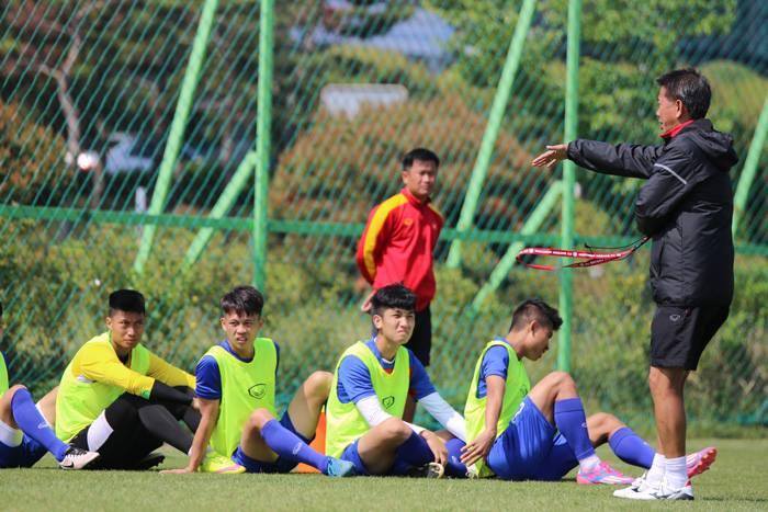HLV Hoàng Anh Tuấn cho rằng U20 New Zealand không quá mạnh tại giải lần này.