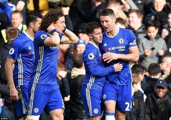 Conte hy vọng giúp Chelsea đánh bại Arseal để hoàn tất cú đúp vô địch ở mùa giải đầu tiên trên đất Anh