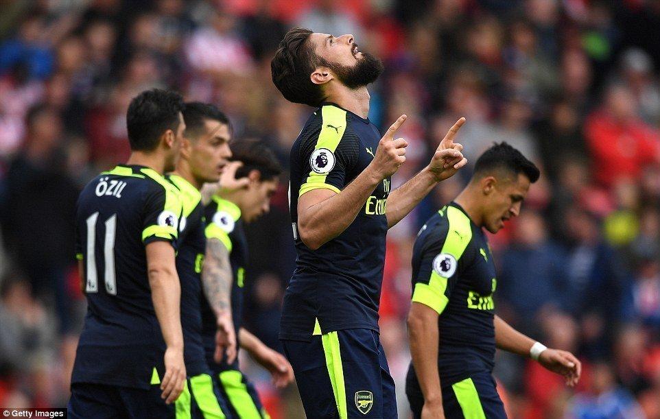 Arsenal có thể đá play-off với Liverpool
