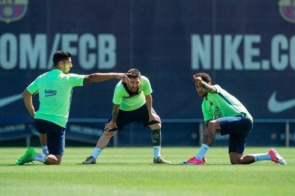 Lionel Messi và các đồng đội có thể hình dung ra người sẽ dẫn dắt họ ngay từ thời điểm này