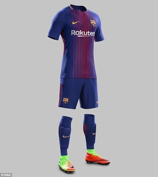 Đây là trang phục Barcelona sẽ sử dụng trên sân nhà ở mùa giải 2017-2018