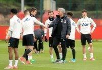 Lo ngại chiến thuật bị rò rỉ, Mourinho thay đổi kế hoạch cho chung kết Europa League