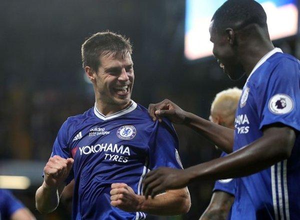 Cesar Azpilicueta nổi lên là cầu thủ quan trọng nhất của Chelsea ở mùa giải năm nay