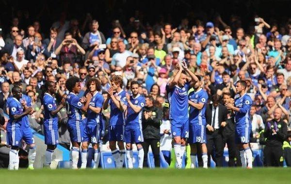Những người đồng đội tôn vinh Terry sau 22 năm gắn bó với The Blues