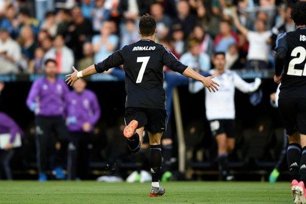 Ronaldo đã ghi 368 bàn cho M.U và Real Madrid tại Premier League và La Liga