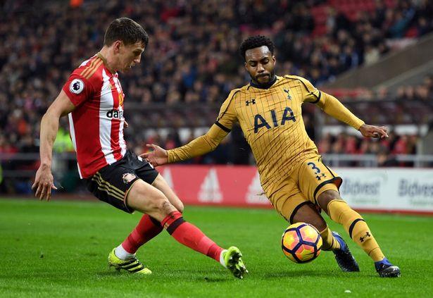 Jose Mourinho muốn mua Rose để thay thế cho Luke Shaw, cầu thủ thường xuyên vật lộn với chấn thương