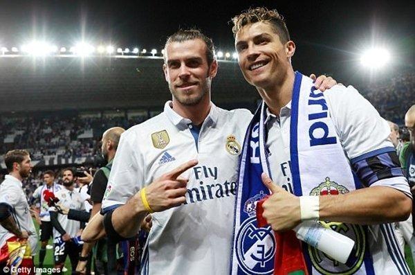 Theo tờ Mundo Deportivo, Bale sẽ trở về Premier League thi đấu cho M.U nếu phải ngồi dự bị tại chung kết Champions League