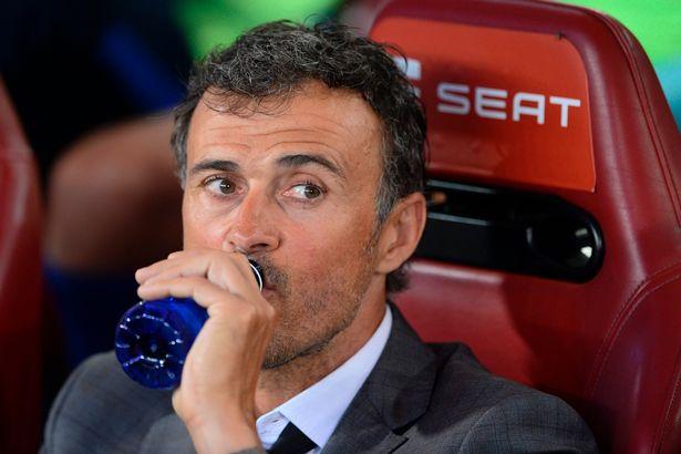 Sau khi chia tay, Luis Enrique đổ lỗi cho Lionel Messi và Neymar phải chịu trách nhiệm vì thất bại của Barcelona ở La Liga