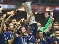 Soán ngôi của Real, M.U trở thành đội bóng giá trị nhất hành tinh