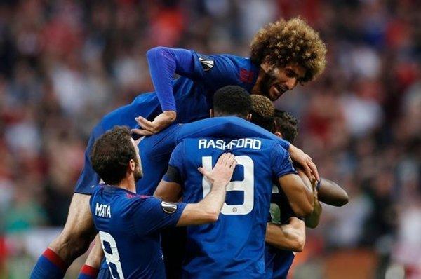 Ở khả năng xấu nhất, M.U có thể phải đụng độ với Real Madrid hoặc Bayern Munich tại vòng bảng