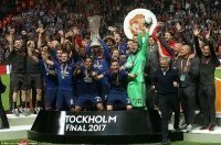 Phô diễn đẳng cấp trước Ajax, M.U trở lại Champions League
