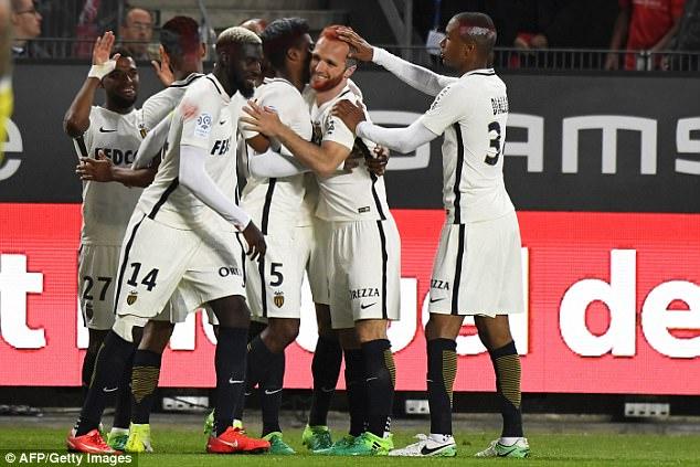 Nhà tân vô địch Monaco giành chiến thắng kịch tính trên sân Rennes