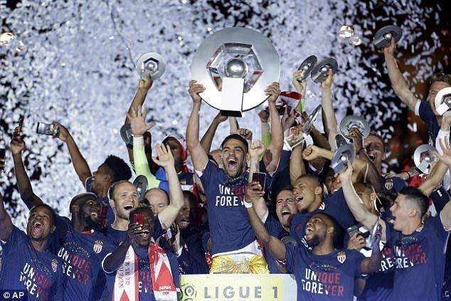Monaco lần đầu vô địch Ligue 1 sau 17 năm dài chờ đợi