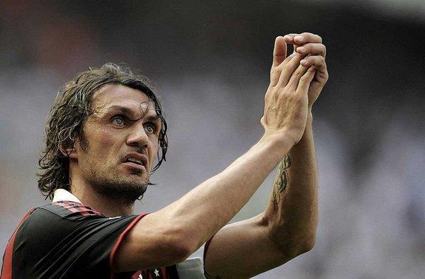 Paolo Maldini đã tiết lộ về cuộc thương thảo tiềm năng trở thành HLV của PSG