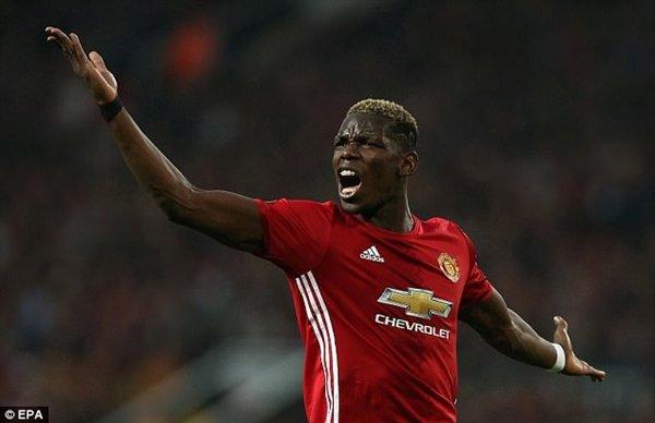 Paul Pogba cùng các đồng đội sẽ bị mất 1 triệu bảng tiền thưởng nếu vô địch Europa League