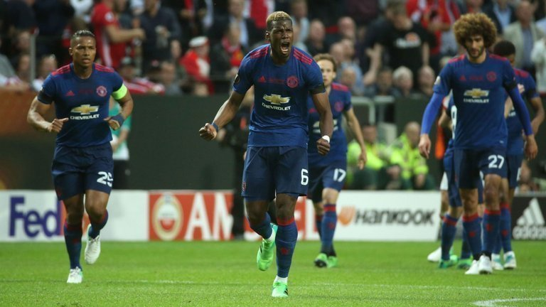 Man United vẫn cần những tiền vệ mới