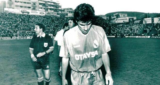 Cả 2 lần Real Madrid mất chức vô địch ở vòng cuối đều vì thất bại trước Tenerife