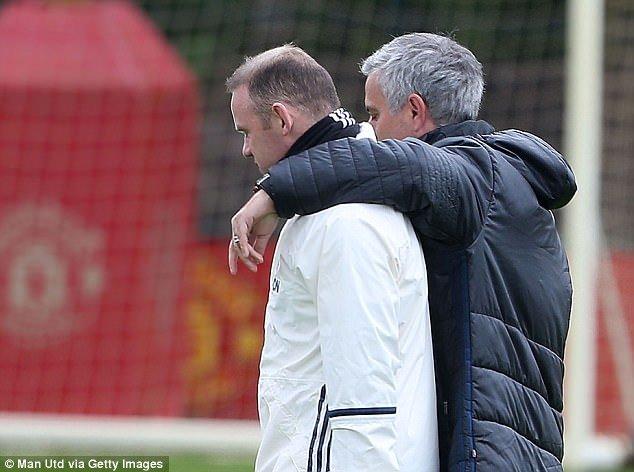 Rooney không còn nằm trong kế hoạch của Mourinho nữa