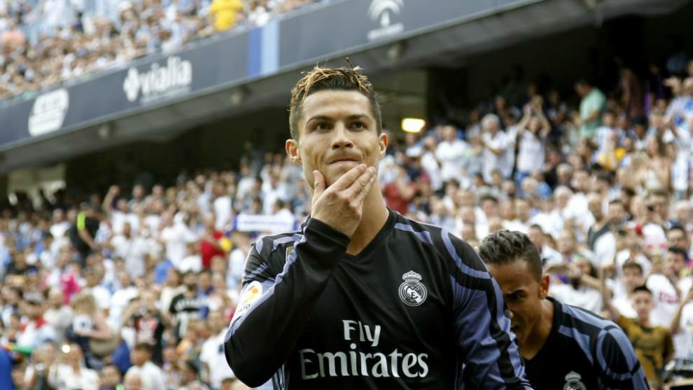 Ronaldo ghi bàn mở tỷ số khi nhiều CĐV còn chưa ngồi ấm chỗ