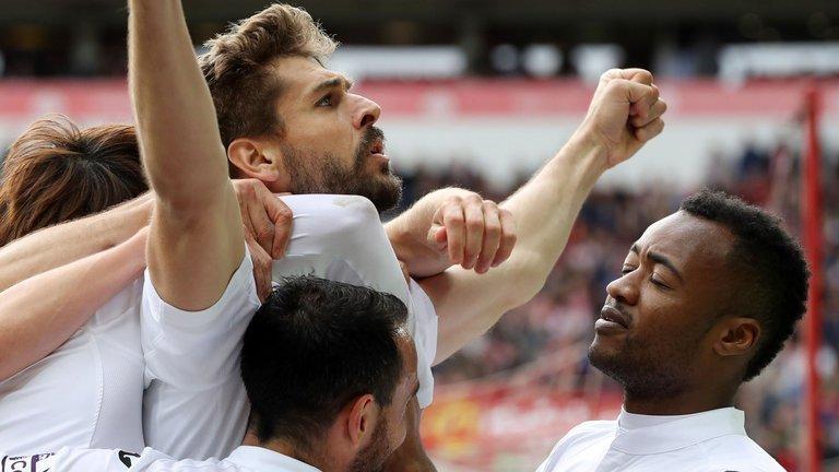 Swansea chỉ có thể lên chứ không xuống