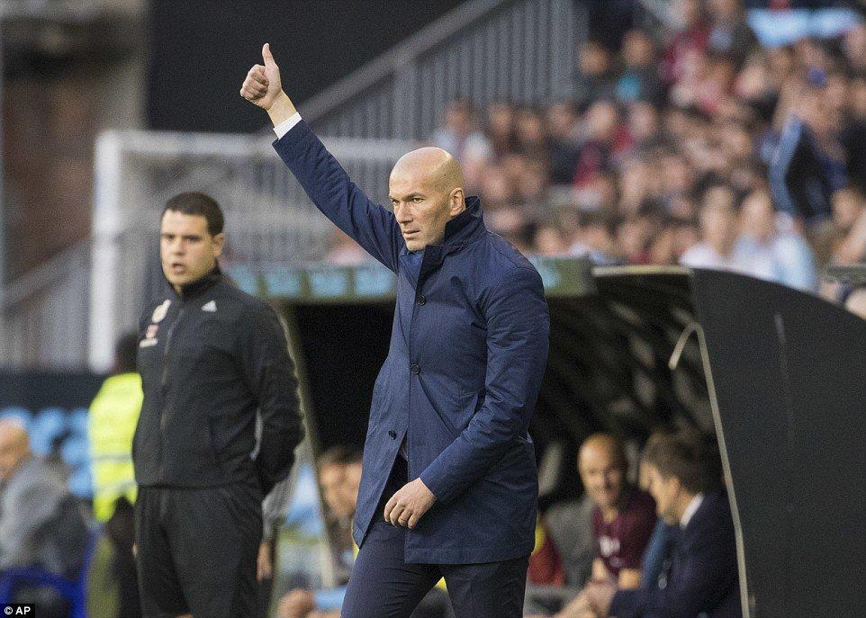 Zinedine Zidane không thể hài lòng hơn với 3 điểm giành được