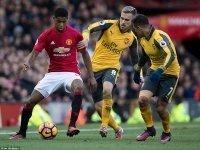 M.U sẽ để trụ cột nào nghỉ ngơi ở trận đấu với Arsenal?