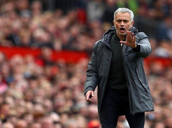 """HLV Jose Mourinho đe dọa """"buông"""" ở vòng đấu cuối cùng của Premier League mùa giải năm nay"""